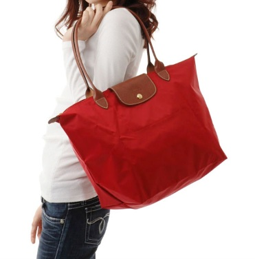 longchamp-le-pilage-shopper-red